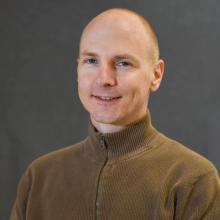 Christopher Avery, Alumni, University of Arizona