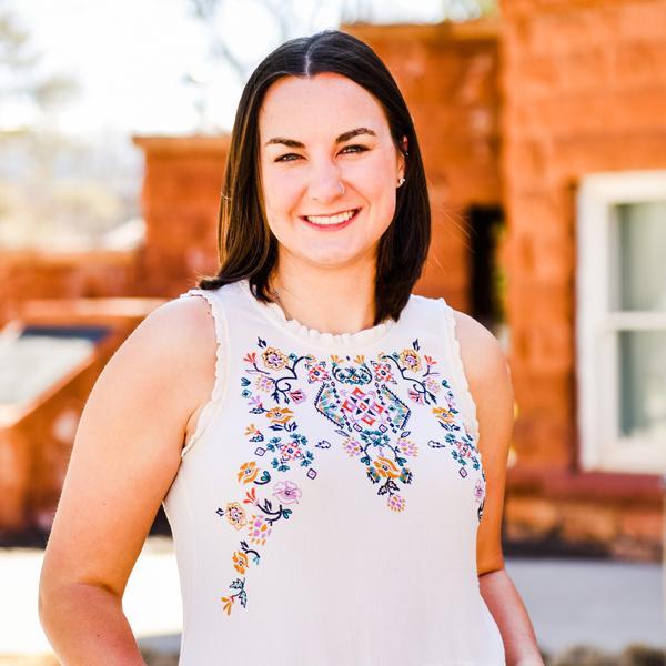 Hannah Hansen, Alumni, University of Arizona